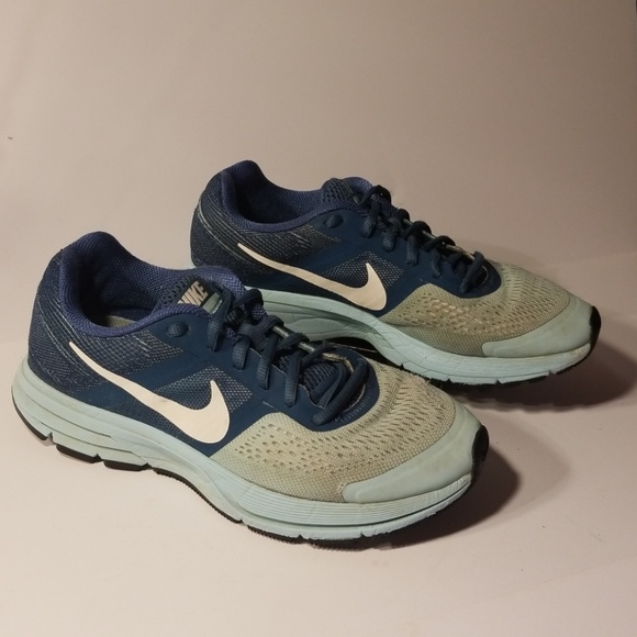 50e9f16311b6 Nike Zoom Pegasus 30 women s shoes size 8.5. M 5acfebdb8290af71e426eb01